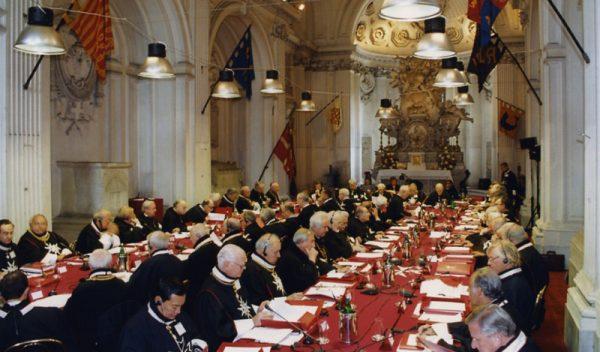 Il capitolo generale dell'Ordine El capitulo general de la Orden Das generalkapitel des Ordens Le chapitre general de l'Ordre The Order of Malta chapter general