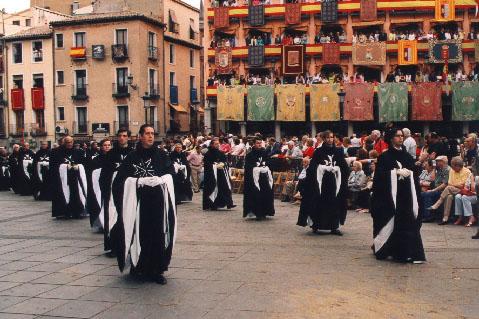 The Order of Malta present in the corpus christi procession in Toledo
