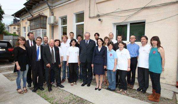 Grand Master with volunteers Romania