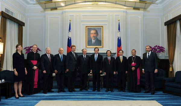 Jean-Pierre Mazery Grand Chancellor Sovereign Order of Malta visits the Republic of China (Taiwan)