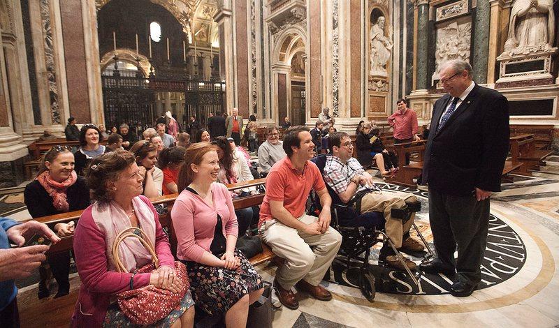 Voluntarios británicos de la Orden de Malta en Santa María la Mayor