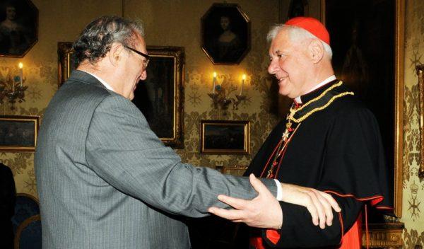 Order of Malta Grand master greets Cardinal Muller