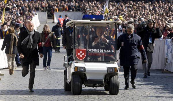 Pope Francis Young jeunes pape François giovani Papa Francesco jóvenes Papa Francisco Papst Franziskus Jugendliche