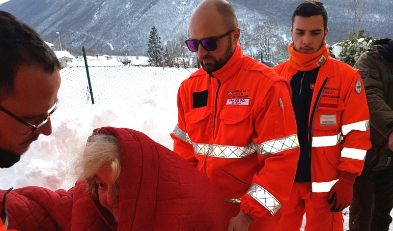 Terremoto en el centro de Italia Erdbeben Mittelitalien Central Italy Earthquake Tremblement de terre en Italie centrale