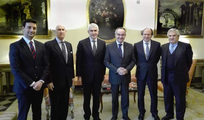 Président Casini a été reçu à l'Ambassade de l'Ordre de Malte President Casini received at the Order of Malta's Embassy presidente Casini orden de malta Präsident Casini in der Botschaft des Malteserordens