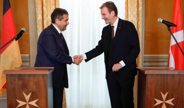 relaciones diplomáticas entre Alemania y la Orden de Malta établissement de relations diplomatiques bilatérales entre la République fédérale d'Allemagne et l'Ordre souverain de Malte diplomatic relations between Germany and the Order of Malta