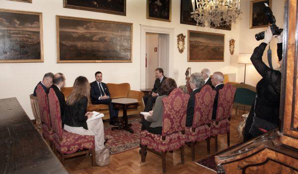 Jungfrau von Fileremo Vierge de Philerme Ministro della cultura del Montenegro